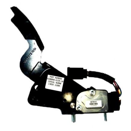 Педаль газа электронная в СБ 04406063/02934772 /Дв.DEUTZ/